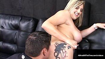 Bitchy Wild_Larissa Dee deserves the explosion