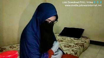 Lovely Arab Teen Pleasing Big Black Cock P