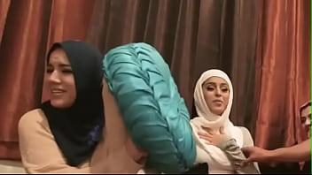 Sexy blonde teen scissor Desperate Arab