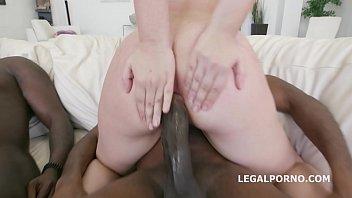 Sweet White Babe Take Some Moroccan Dick