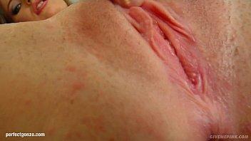 Webyoung Gina Gerson Morning Masturbation